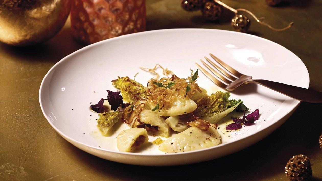 Kartoffel, Steinpilz, Sauerkraut, Kopfsalat, Nussbutter
