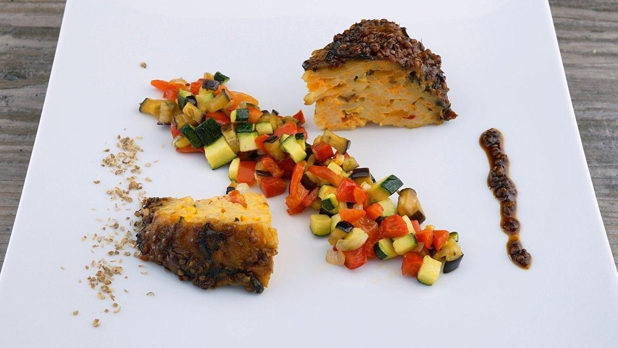 Auberginen-Charlotte im Korianderlack und mediterranes Gemüse