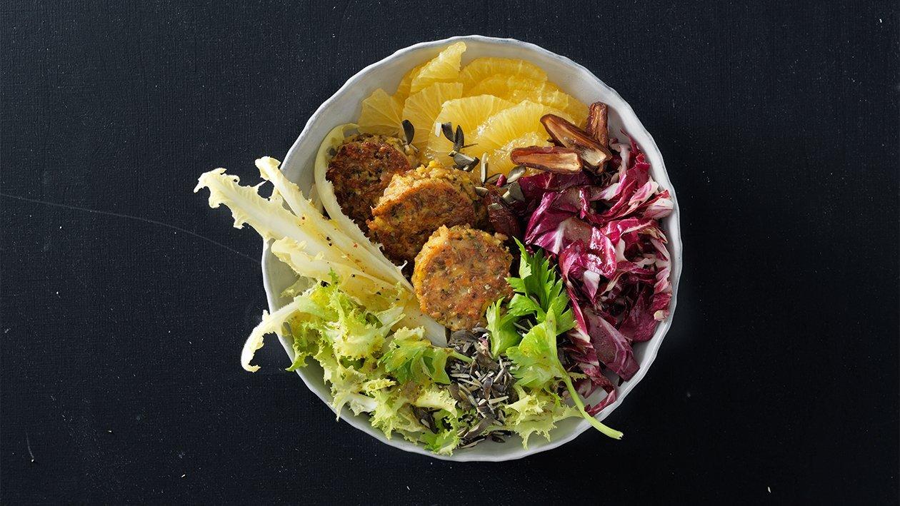 Buddha bowl mit Grünkernbratlinge