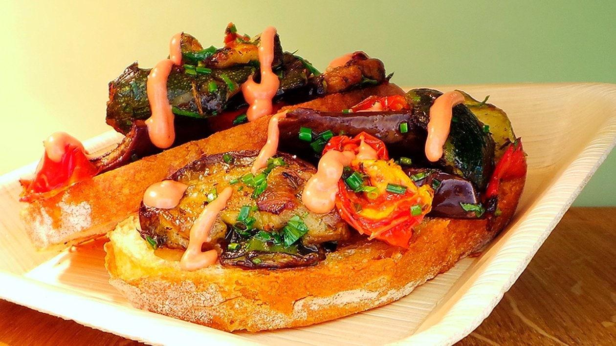Anti Pasti - Bruchetta mit Paprika - Mayonnaise