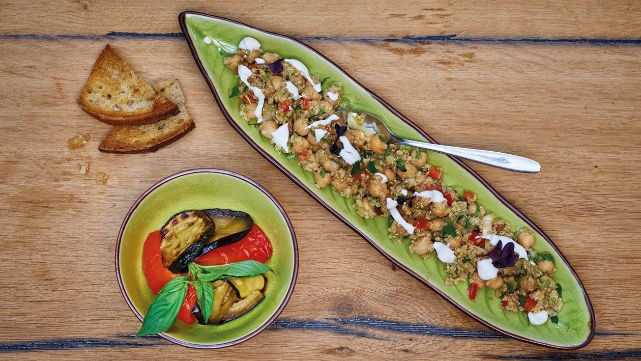 Quinoa Salat mit Ofengemüse