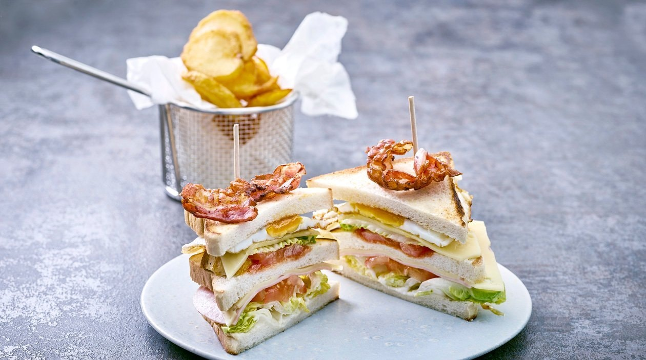 Club Sandwich-Kartoffel Chips-Dip